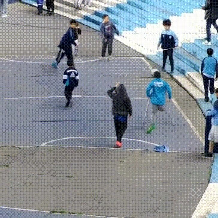 Kid With One Leg Has Crazy Quick Soccer Skills