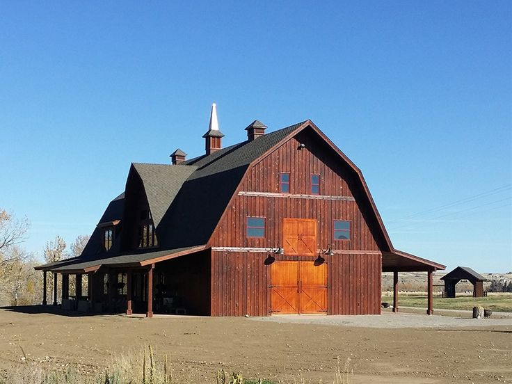 Best 97 barn with carriage house designs images on for Carriage house barn