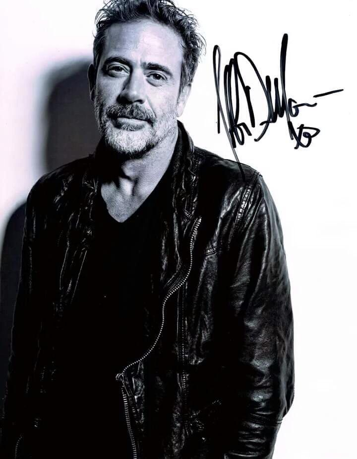 13 best cool autographs and signatures images on pinterest for Jeffrey dean morgan tattoo hand