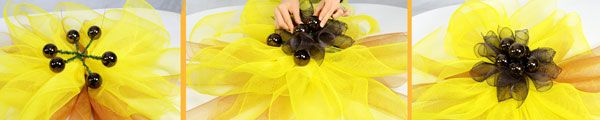 Deco Mesh Sunflower Wreath- Step 7