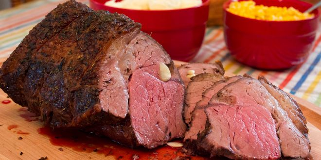 How to Cook a Top Sirloin Beef Roast - Recipe and Instructions.I don't like rare so roast is done medium on 140 instead of 135.