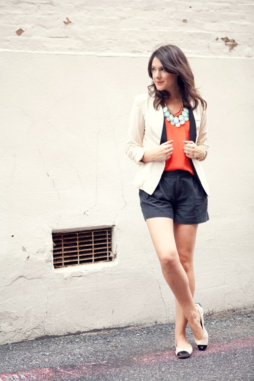 .: Tuxedos Jackets, Statement Necklaces, Style, Colors, Outfits Ideas, Blazers And Shorts, Kendi Everyday, Kendieveryday Amazing, Summer Chic