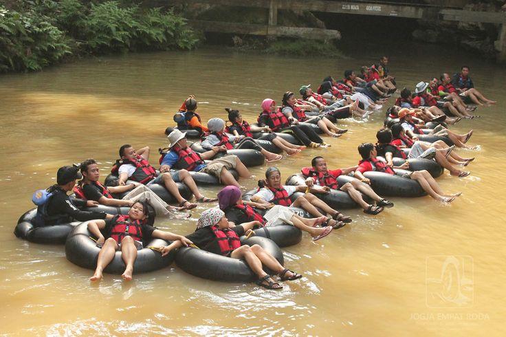 Siap-siap Masuk Gua Pindul http://jogjatourtravel.com/