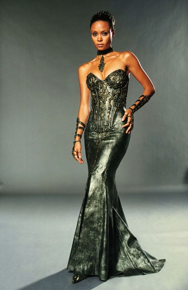 Thandie newton norbit yellow dress