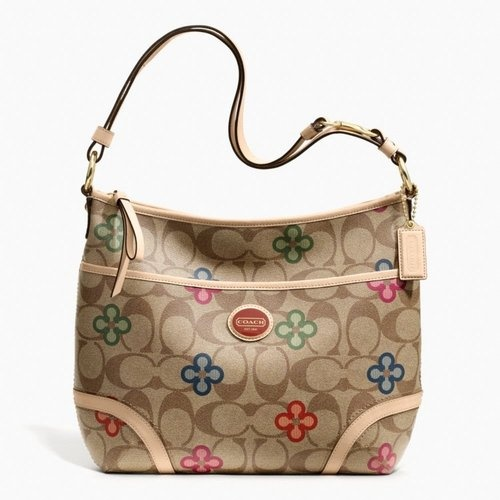Coach Peyton  Clover  Hobo F22223 is going up for auction at  5pm Tue, May 14 with a starting bid of $1.