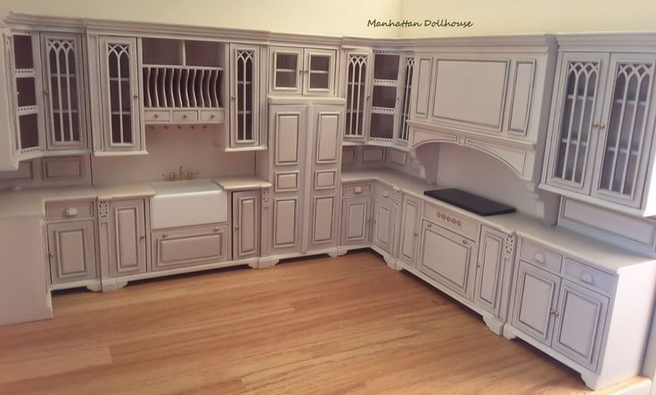 Resultado de imagen de Cambridge Manor dollhouse miniature