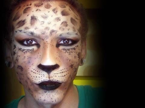 die besten 25 gesicht schminken gepard ideen auf pinterest gepard schminken guggenmusik und. Black Bedroom Furniture Sets. Home Design Ideas
