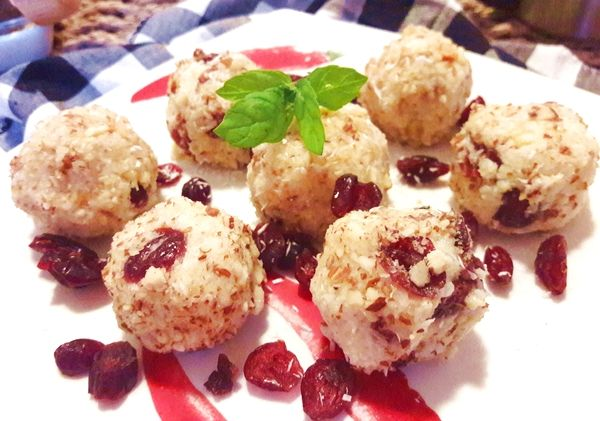 Mandlovo kokosové kuličky zjáhel