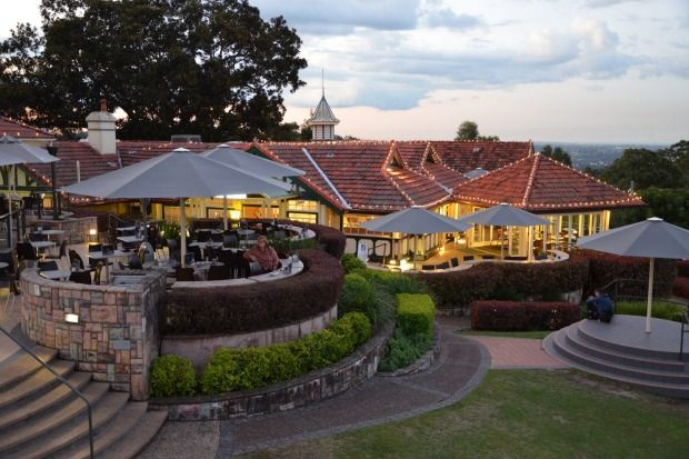 Summit Restaurant & Bar is the Queensland destination perched atop of Mt Coot-tha looking out over Brisbane.
