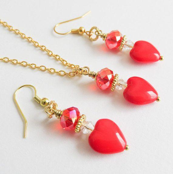 Red jewelry set, Christmas jewelry. #Christmas #jewelry #jewellery #handmade #handcrafted #red