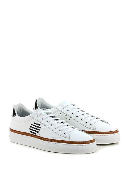 Be Positive - Sneakers - Uomo - Sneaker in pelle e pelle vintage con suola in gomma. Tacco 35, cuciture a vista. - WHITE\BLACK - € 230.00