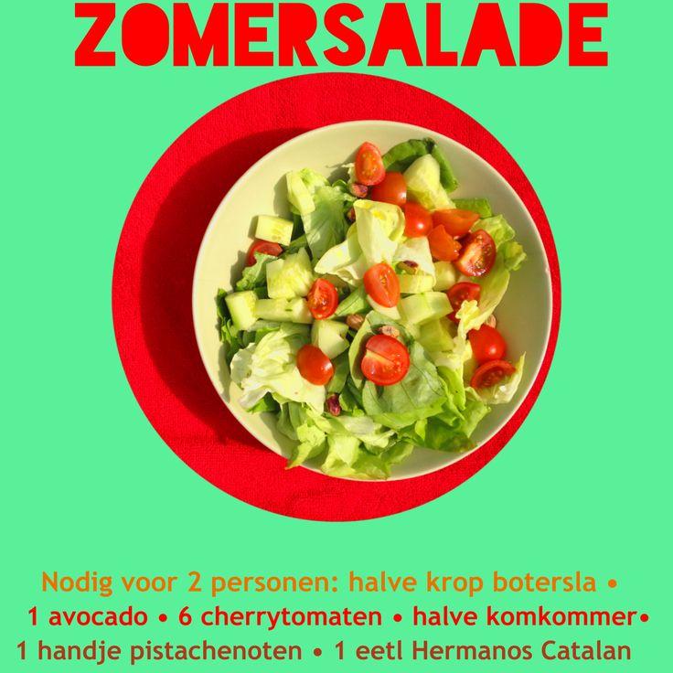 met sla, komkommer, avocado, pistachenoten, en Amanprana Hermanos Catalan
