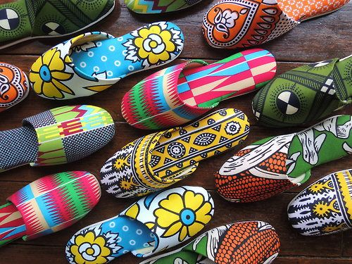 "Heiwa slippers -Meaning of ""heiwa"" 平和  is peace."
