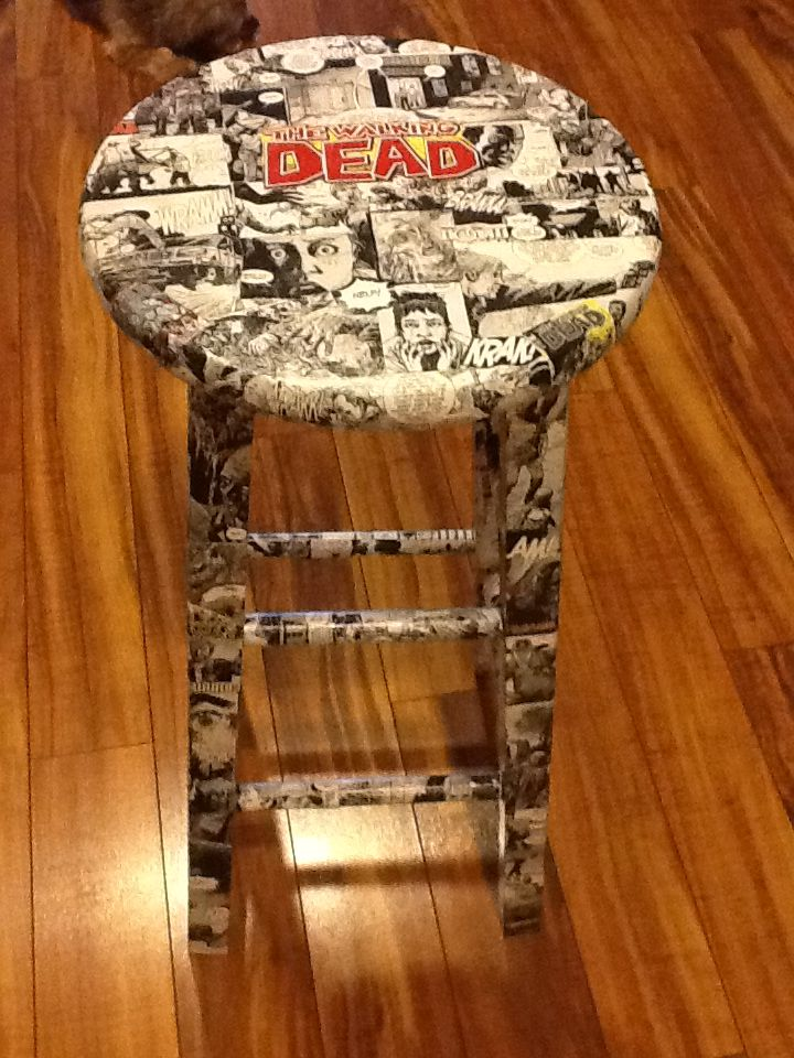 The Walking Dead comic book bar stool  1 done 3 more to go!!!! To see more  Follow me on Facebook  Www.facebook.com/artstylintracy