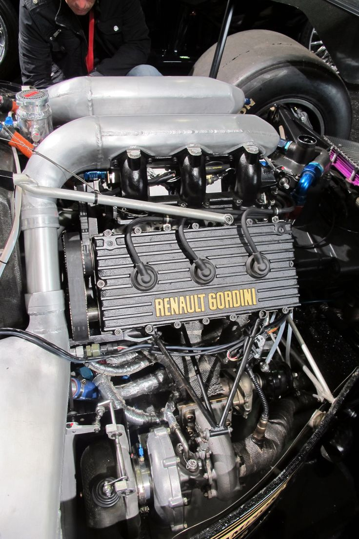 File renault f1 turbo engine in a lotus 95t john player special