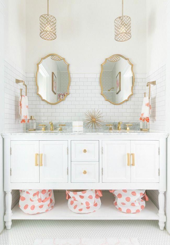 Comment mettre à jour votre salle de bains des années 1950 jusqu'en 2018