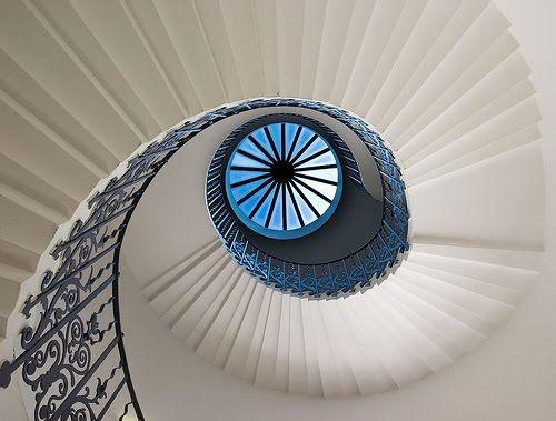 Architecture d'escaliers en spirale design Escalier spirale en béton par Holger Droste