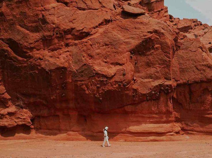 La NASA lanza plataforma para que los ayudes a explorar Marte | Dónde Ir Nature Images, Nature Photos, Blue Candle Meaning, The Tower Tarot Card, Mars Pictures, Roman Names, Red Planet, Life On Mars, Mars