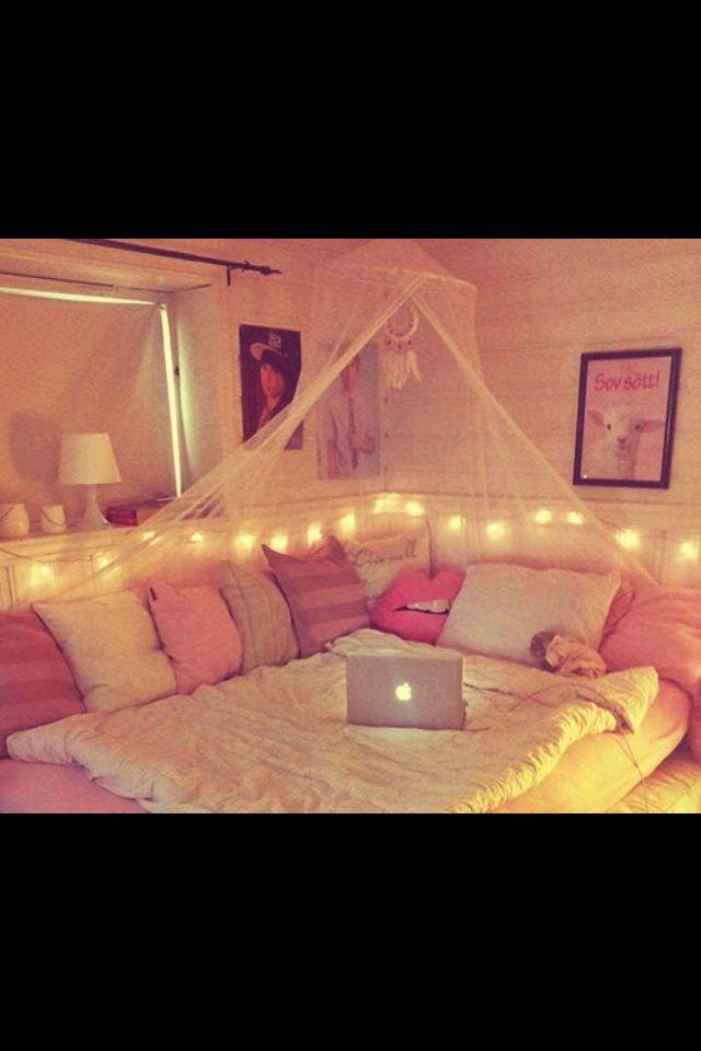 Tumblr. Room.