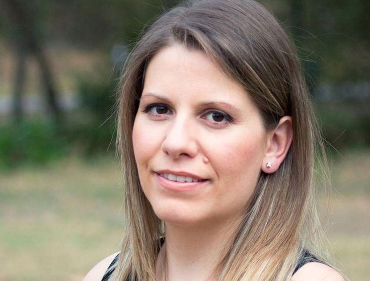 Έλενα Σαλιγκάρα, συγγραφέας, μιλάει στον Διονύση Λεϊμονή