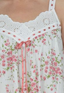 cotton nightgown La Cera white pink