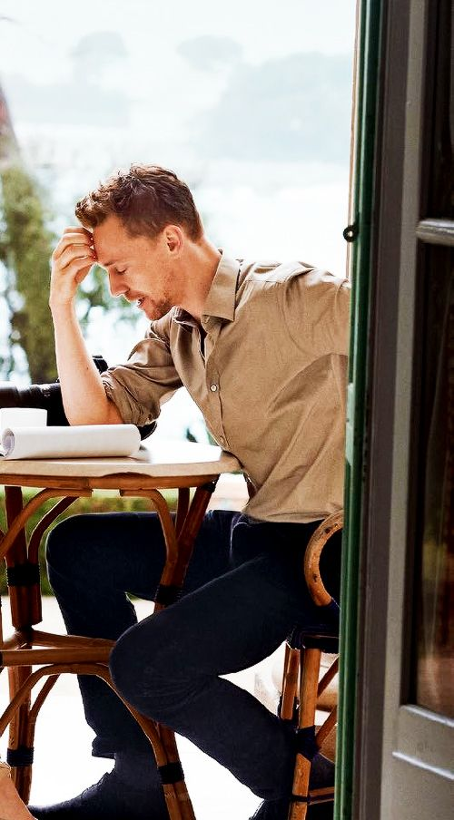 Even he can't handle himself. Neither can we Tom, neither can we... [Tom Hiddleston]