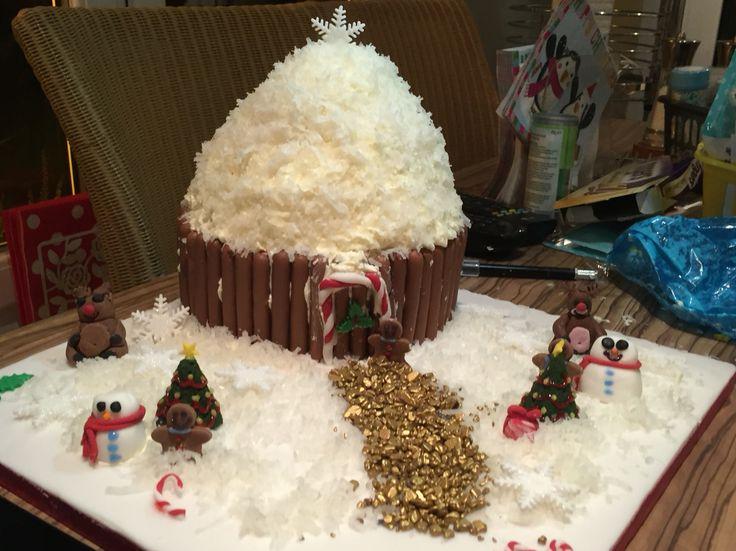 Giant Christmas cupcake  #christmas #cake