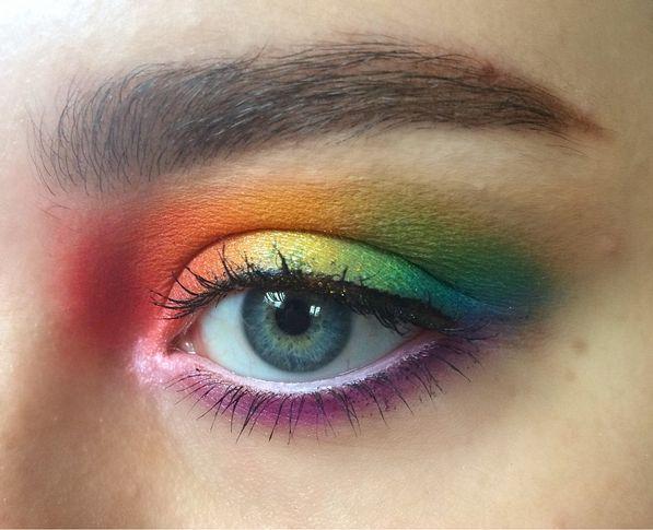 Trucco arcobaleno - @zoevelthuysenmua