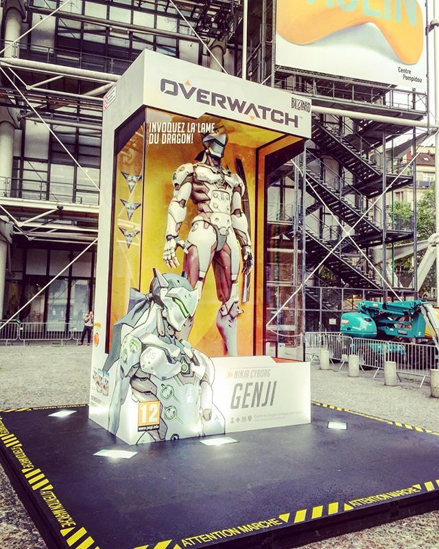 #Overwatch #Launch #Event in #France!  Our #Apprentice visited #lastFriday #Paris   and met the #LifeSize Overwatch #Action #Figur #Genji!!! ✌️ #Events in #LosAngeles, #California and #Busan, #SouthKorea  #Tracer #Pharah #BlizzardEntertainment #gamedev #game #developer #release #windows #ps4 #xbox #cool #fun #follow #binteraktive