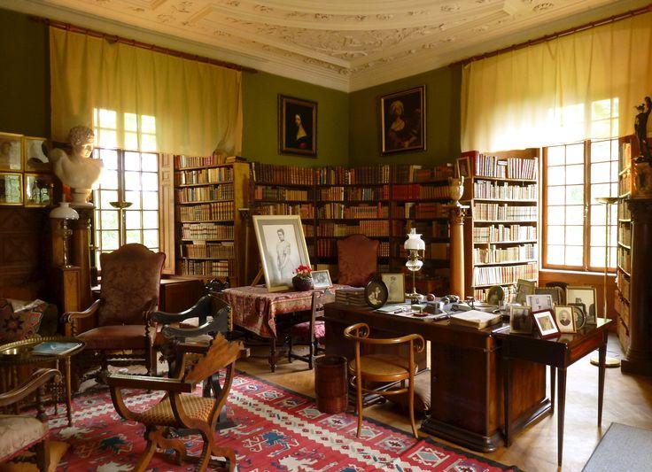 Tyresö Slott (Castle), Sweden - The library.