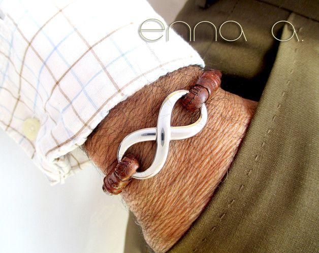 Pulseras - Pulsera infinito, de cuero marrón, cosido - hecho a mano por Enna-artesanas en DaWanda                                                                                                                                                                                 Más