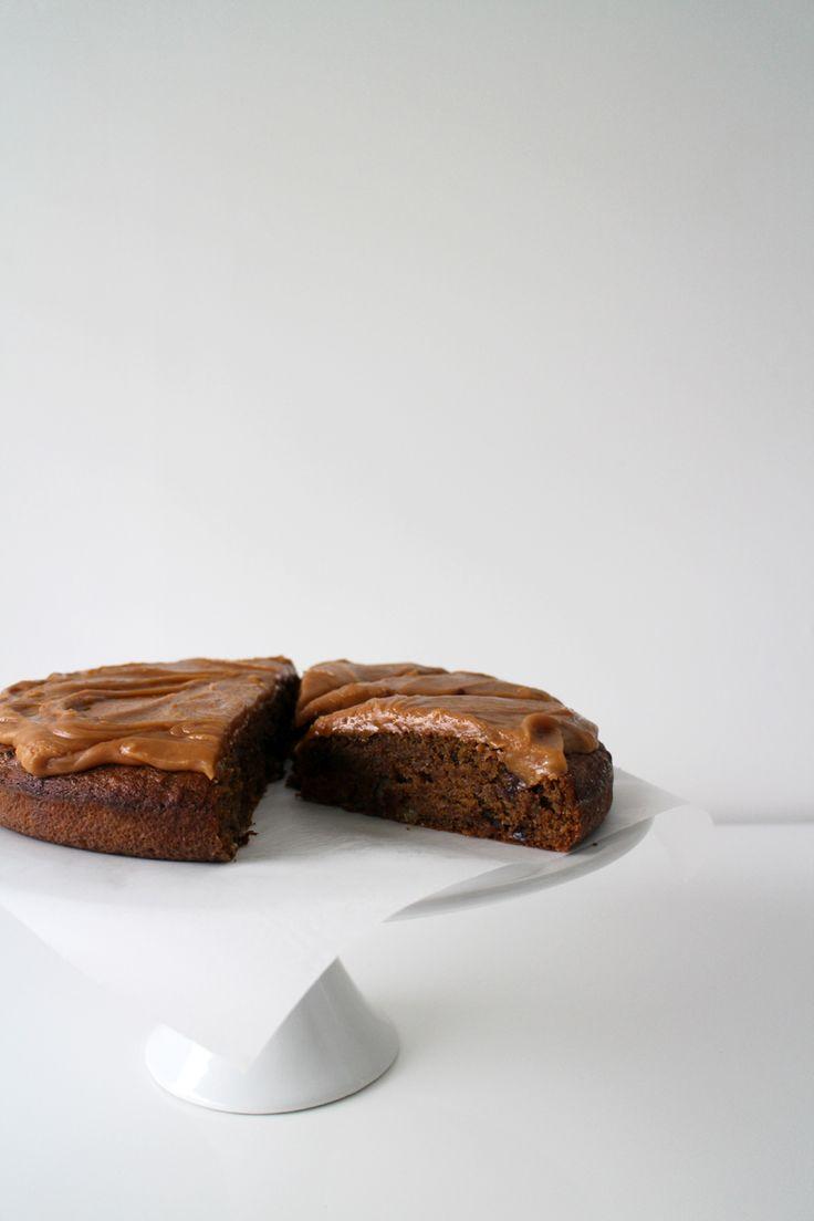 Flourless Banana Date And Walnut Cake