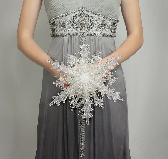 Crystal Snowflake Bridal Bouquet – Christmas or Winter Wedding Bouquet – Fabulous Brooch Bouquet Alternative