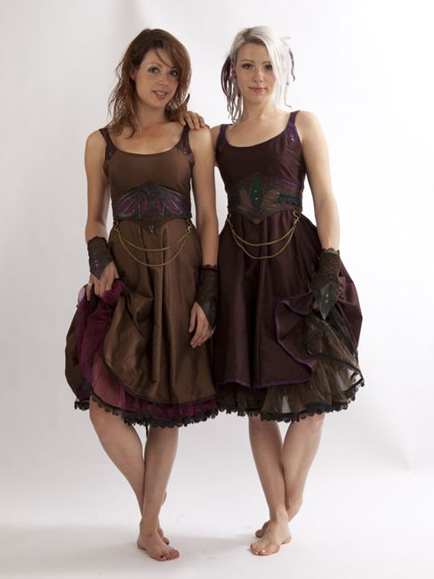 Selenite Dress and Petticoat, from Zizzyfay. Not over-the-top, but a subtle expression in steampunk.
