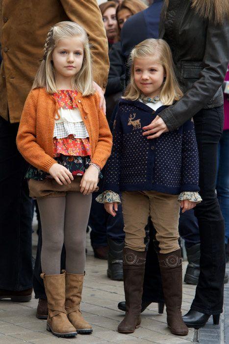 The Spanish royal family visit King Juan Carlos in hospital - Photo 1 | Celebrity news in hellomagazine.com