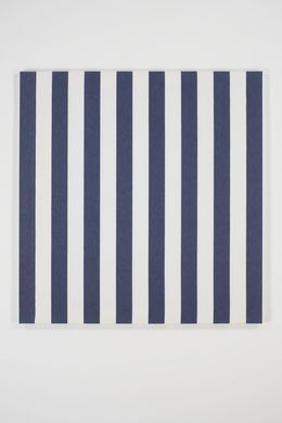 daniel buren 39 peinture acrylique blanche sur tissu ray blanc et bleu 39 1972 bortolami arte. Black Bedroom Furniture Sets. Home Design Ideas