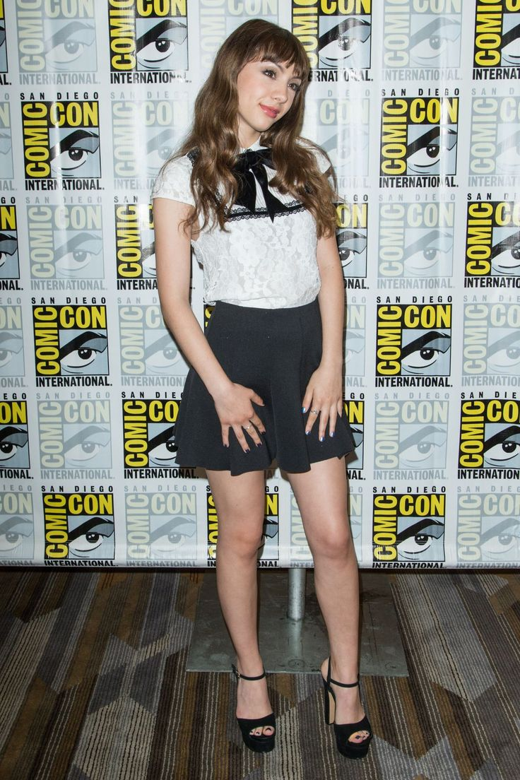 Hannah Marks at Dirk Gently Press Line at Comic-Con International 2016 in San Diego