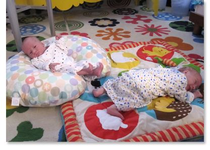 Bringing Home Babies: article with sample schedule for the first few weeks with your twins.