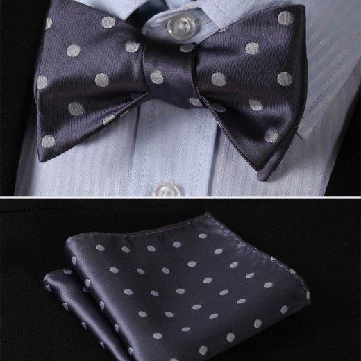 Luxusný hodvábny set - motýlik a vreckovka v sivej farbe s bodkami