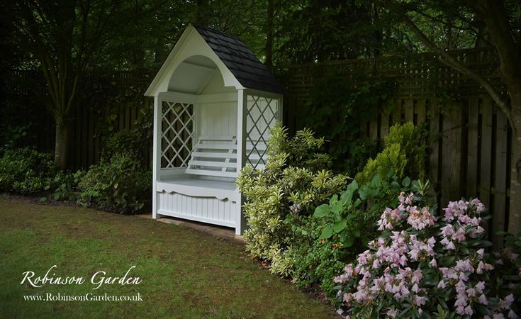 Robinson_Garden bespoke wooden seated arbour with trellis. View our full collection at our online store, visit http://www.robinsongarden.co.uk Robinson_Garden - Bespoke garden products.