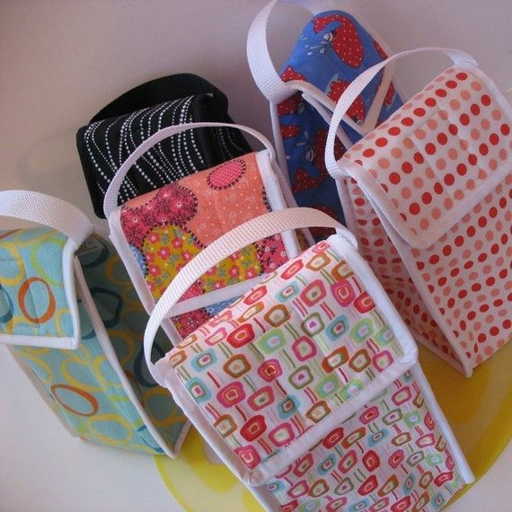 Make my own lunch bags! SO much cheaper to make a dozen of these than to keep replacing the store bought ones my 11yo keeps losing... :-\