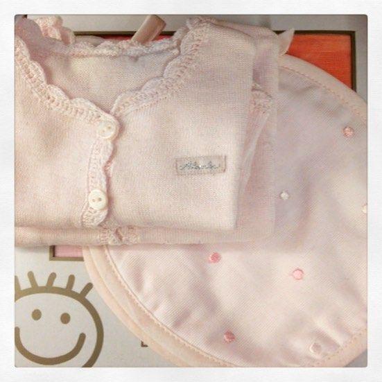 ilpapavero_esteLittle pink!! #ilpapaveroeste #veneto #italia #sweet #pink #babyfashion #instamamme #spediamodovedesideri info wapp:+393201109094