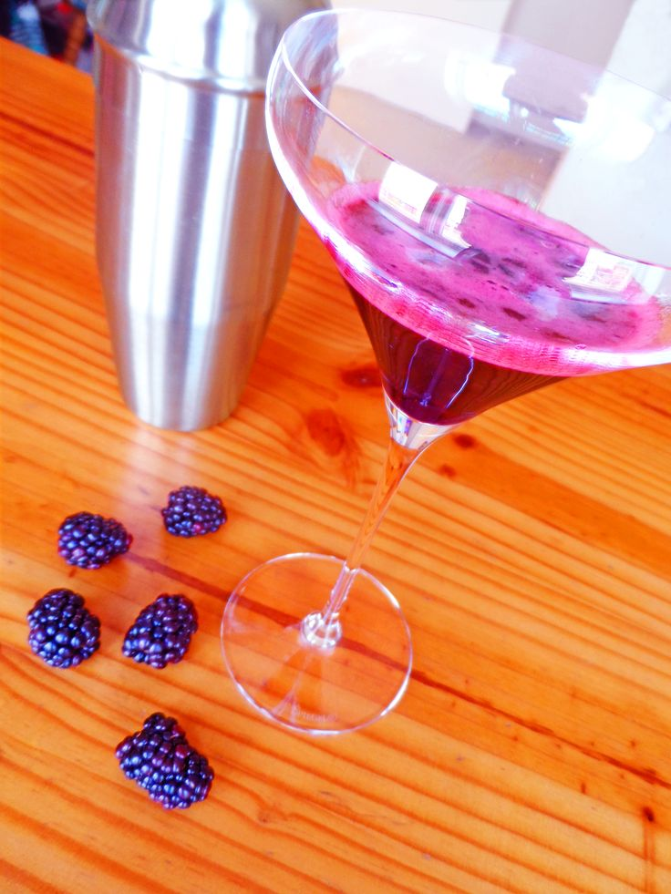 Blackberry daiquiri recipe. Fresh and fruity! Always drink cocktails from a beautiful martini glass.