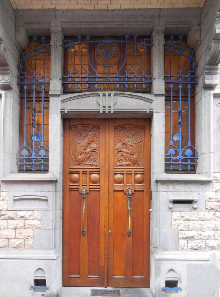 Doorkl                                                                                                                                                                                 More