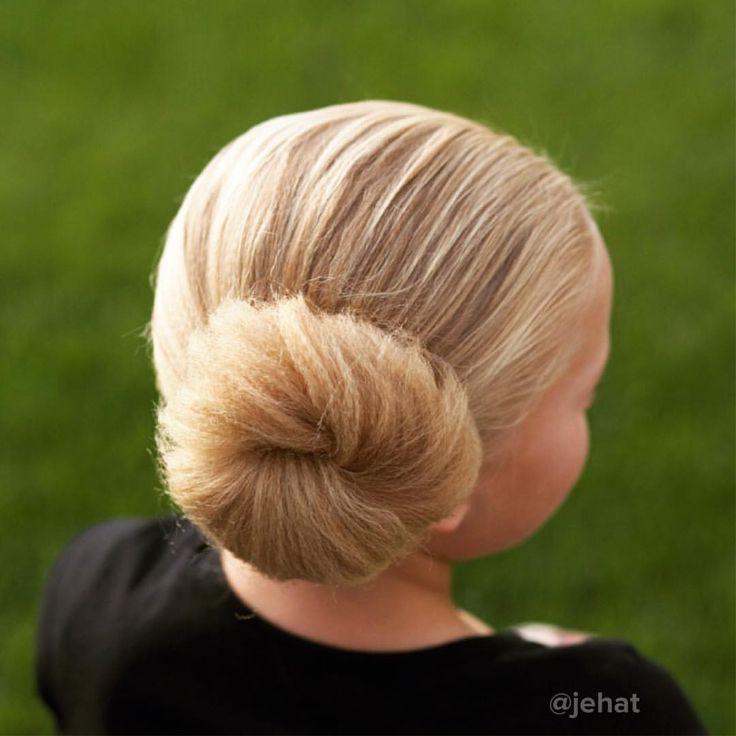 jehat hair — Simple side textured (divergent) bun cuz Hallie...