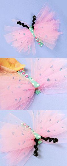 Basteln mit Kindern: Schmetterling aus Tüll & Wäscheklammer #diy