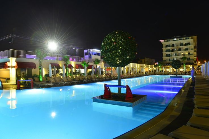 ⭐⭐⭐⭐⭐ White City Resort Гостям отеля White City Resort в Турции предлагаются современные номера, открытый и крытый бассейны, а также сейчас действуют #скидки до 21%. Шезлонги и зонтики на пляже отеля бесплатно. Номера оборудованы балконом, телевизором и кондиционером.   Цена от 559 $ на 8 дней\7 ночей на 22.08.16 (действует #акция).  Питание: All Inclusive.  Номер:  Standart. http://www.bontravel.com.ua/tours/hotel-white-city-resort-alaniya-turciya/  #путешествия #hotels