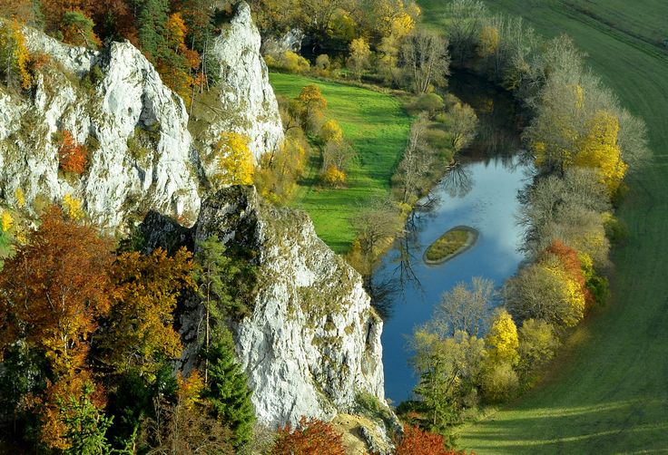 Herbstliches Donautal