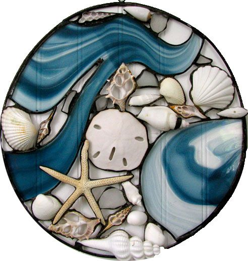 Cape Cod artist website with slideshow of her stained glass work.
