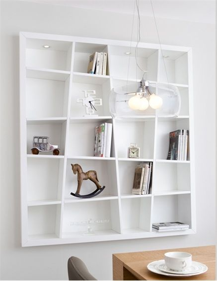 Hi, I do love all the Expedit series and I was about to buy another one for my sons room, till I saw this. Any ideas how I can hack Expedit 4*4 to look thi